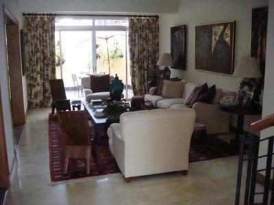 Casas para alquilar en barcelona for Subastas pisos barcelona